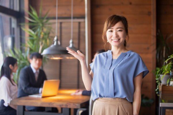 引越しで女性作業員指定は可能?対応引越し業者一覧と料金加算など